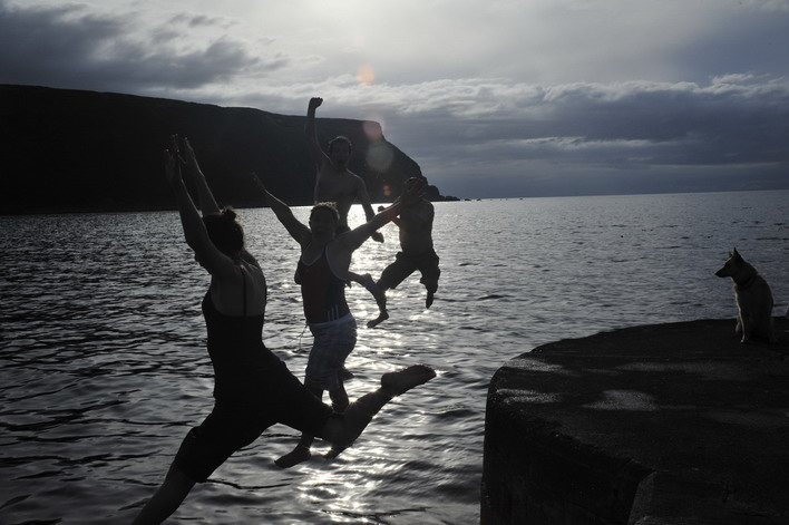 Harbour wall jumping. If the kids can do it so can we!